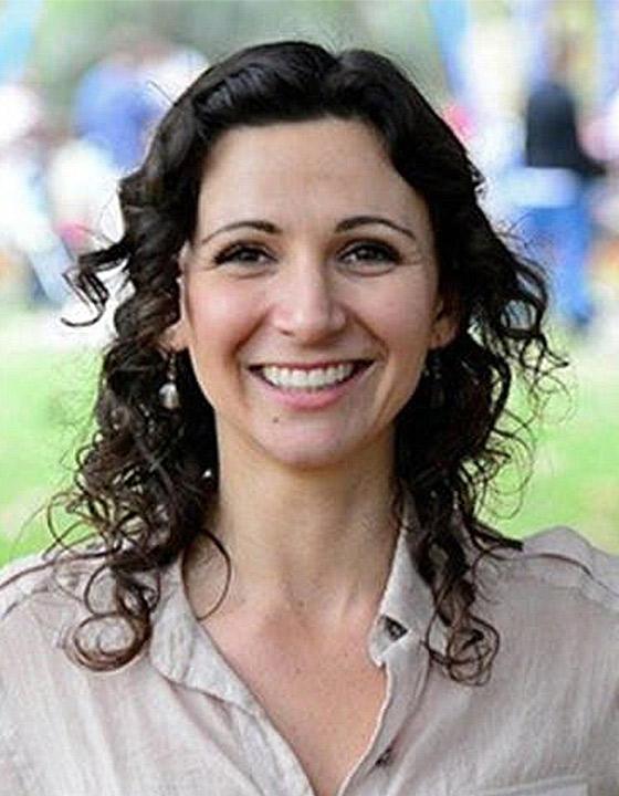 Amelia Loye